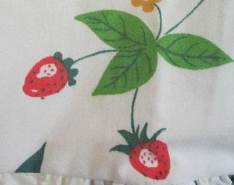Vintage Marshmellow Mountain Strawberry Pillow Shams