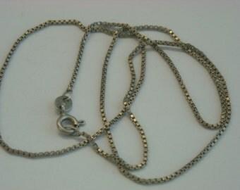 sterling silver italian chain  ( C 18 )