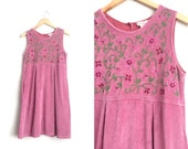 Size S // ORCHID CORDUROY FLORAL Dress // Pink-Purple - Embroidered - Hippie - Boho - Sleeveless Jumper - Vintage '90s.