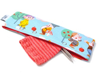 Stitch Holder Point Protector Zipper Pouch Needle Nook - DPN and Circular Project Holder - The Seven Dwarves