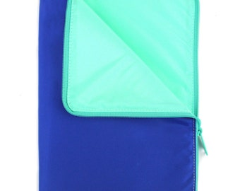 Large Padded Zippered Pouch