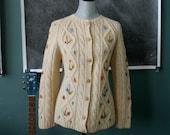 Wool Cream Granny Sweater / Flowers / Knit / Small / Medium / Large / Cardigan