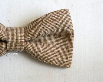 Men bow tie - Linen bowtie - Italian bowtie - Pre tied bow tie - Made in Italy - Camel brown, ivory.