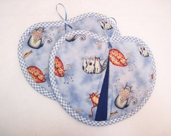 Potholder / Hot pad set / Heart shaped  Cats with blue check