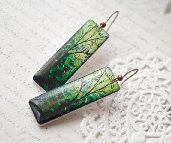 Leaf green earrings - Bright green branch earrings - Long Green earrings (E034)