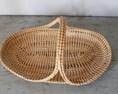 vintage Low Country Sweetgrass basket