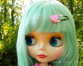 Small Fashion Doll Hair Clip Mermaid Heart Pink Iridescent Snap Barrette for Blythe Pullip Hair Accessory