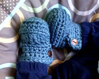ON SALE Baby Booties, Baby Boots, Crochet Baby Booties