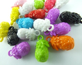 18 pcs 12 mm x 22 mm , Plastic Beads , Mixed Color beads , Lucite beads ,  Lucite Beads ...Findings