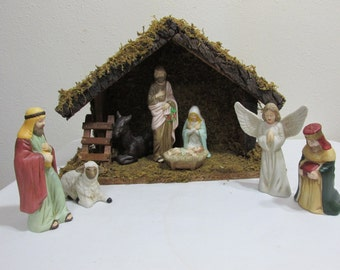 Nativity 8 Piece Porcelain Plus a Wood Creche Stable