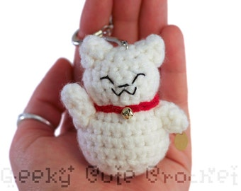 White Good Luck Kitty Amigurumi Keychain Maneki Lucky Neko Cat