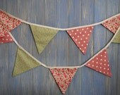 Classic Bunting. Wedding Bunting. Floral Bunting. This strand is 3m long.