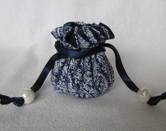 Traveling Pouch - Mini Size - Bag for Jewelry - Travel Tote - VICTORIAN LACE