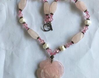 Vintage Rose Quartz Rose Pendant Necklace