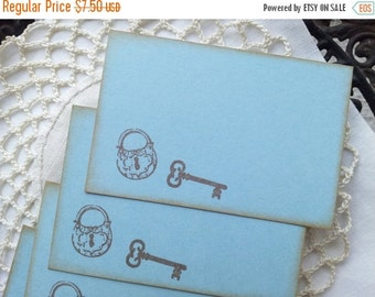 SALE Skeleton Key and Lock Place Cards Food Buffet Label Tags Wedding Set of 10