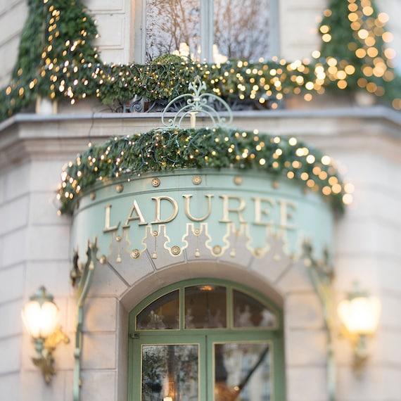 Christmas in paris laduree at christmas twinkle lights for Laduree christmas
