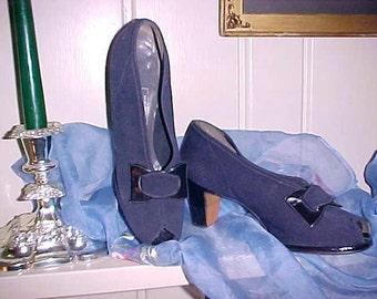 Vintage 30s/40s Ladies Shoes Navy Blue PEEK A BOO Toe Van Derworts Bristol Tn. Wearable