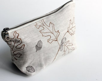 Small Traveler Pouch - Light Oak & Acorn