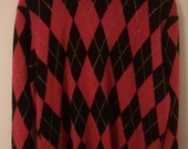 SALE red black gold argyle sweater holiday jumper pullover tartan punk grunge 80s eighties boho men iunisex L Alfred Dunner