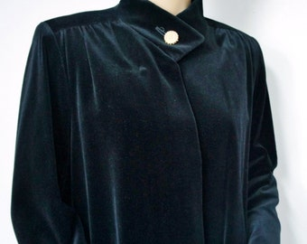 Opera Coat Vintage 1970's 1960's Black Velveteen Evening Coat Women's Bromleigh Dressy Coat Size Medium