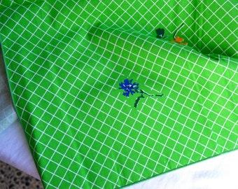 Vintage Bill Blass Tablecloth - Green Lattice and Flowers - 53 x 53 NOS
