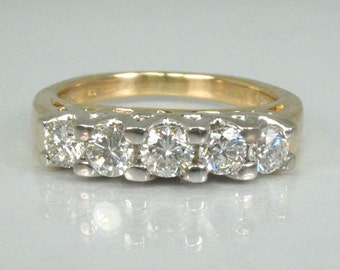 Vintage Women's Diamond Wedding Ring – 0.65 Carats Diamond Total Weight – Appraisal Included