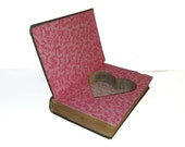 Hollow Book Safe Love Bound heart shape ring box wedding Cloth Bound vintage Secret Compartment Security hiding place