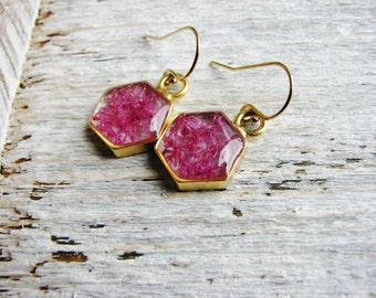Pink Moss Earrings, Hexagon Earrings, Earthy Nature Jewelry, Resin Jewelry, Reindeer Moss Earrings, Minimalist Pink Earrings, Geometric