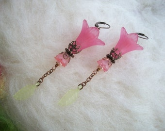 Boho Hippie Flower Earrings, Large Pink Lucite Lily Leave Dangle Earrings, Lily Flower with Glass Beads and Copper