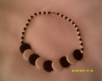 """vintage """"op-art"""" black/white plastic necklace 1960"""