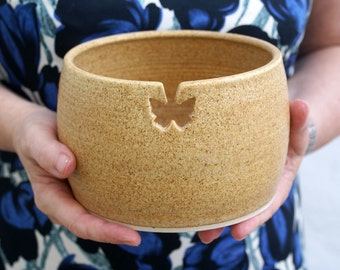 SECONDS SALE - The butterfly yarn bowl in natural brown