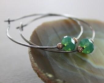 Copper hoop earrings with emerald green Swarovski crystals - Copper earrings - Dainty earrings - Swarovski earrings - ER035