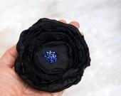 SALE SALE SALE Large Flower Brooch --- Black Fabric Flower Pin --- Tagt Rdtt