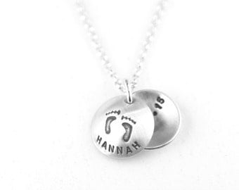 New Mommy Necklace Mothers Necklace Birth date Keepsake Baby Footprints Locket Necklace Baby Shower Gifts New Mom Necklace New Mommy Gifts