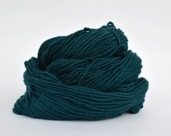 Teal Weaving Yarn, Navajo Weaving Yarn, Wool Yarn, 4oz skein