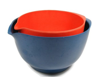 Rosti Mixing Bowls Pair of Vintage Bowls Red & Blue Melamine Bowls