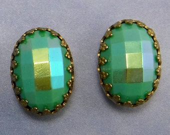 Vintage Glass Cabochons Gold Crown Settings Green AB Stones S-445
