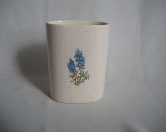 Small Utensil Holder / Pencil Cup / With Bluebonnets