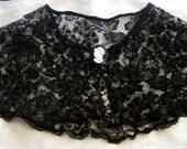 Vintage collar & cameo brooch, black lace collar/capelet