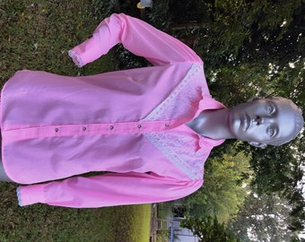 Womens 70s Western Shirt by Rockmount Ranch Wear in Pink with Lace Trim, Vintage Costume, Vintage Shirt, Pink Shirt, 70s Shirt Size 10