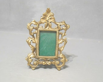 Vintage Ornate Brass Photo Frame with Easel Stand / Antique Scrollwork Gold Metal Small Picture Frame Victorian Cottage Decor Leaf & Scroll