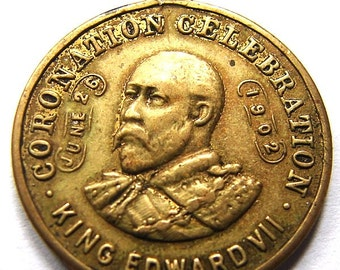 1902 KING EDWARD VII issued to commemorate the King Coronation Celebration medal Charm Medallion