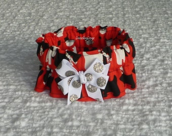 """Doggies in Nightcaps Dog Scrunchie Collar with glitter dot bow - Size S: 12"""" to 14"""" neck"""