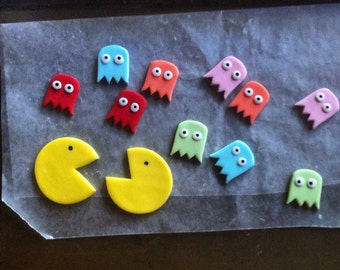 12 PACMAN and Ghosts fondant cupcake toppers