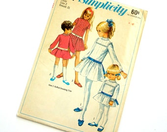Vintage 1960s Girls Size 2 Mod Drop Simplicity Sewing Pattern 7921 Complete / b21 w20 / Mini Skirt Length, Drop Waist, Long Short Sleeve