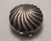 Sterling  Silver Clam Shell Ring Pill Trinket Box Mexican 925 Signed