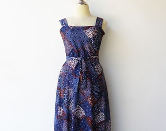 Vintage 70s Maxi Dress / Navy Floral Dress / Size S M
