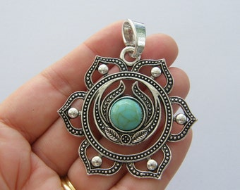 1 Chakra flower pendant antique silver tone I94