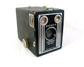 Brownie Target Six-20 Box Camera - Eastman Kodak - 1946 - 1952