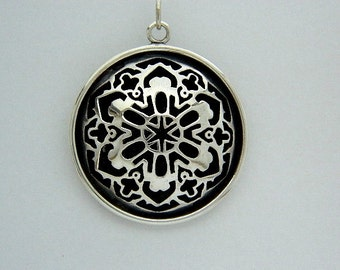Snowflake Star Domed pendant